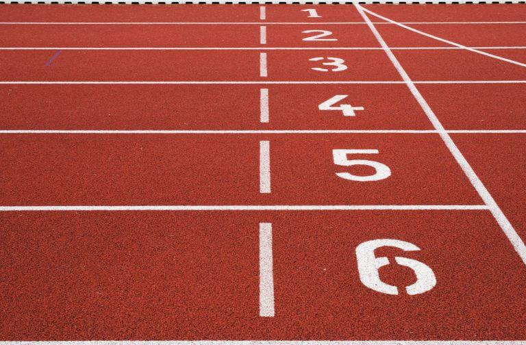 track-start-line