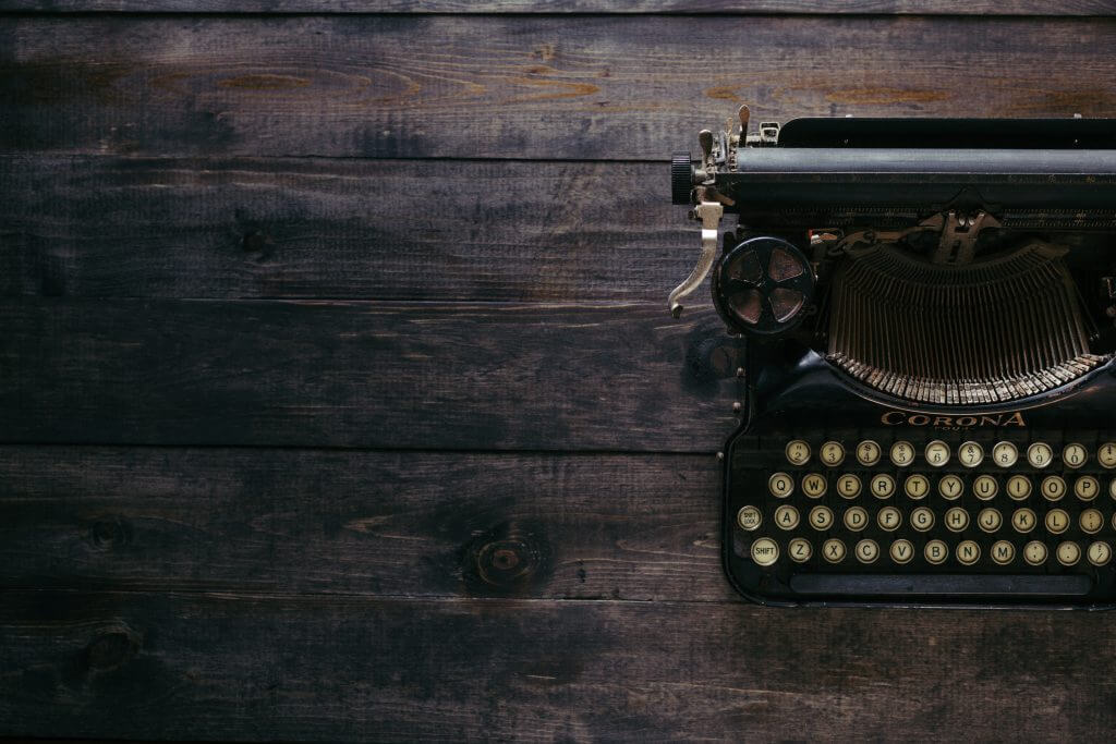 Typewriter-dark-background